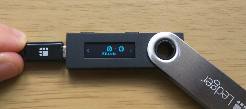 Picture of the Ledger Nano S
